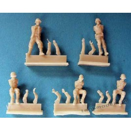 US tank crew for M3 & Jeep for Academy (5 fig.) - Modell Trans 72902