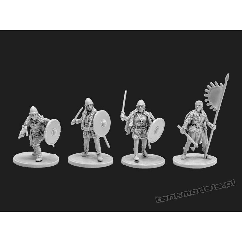 Vikings 7 - women viking warriors - V&V Miniatures R28.14