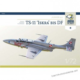 TS-11 Iskra (junior set) - Arma Hobby 70004