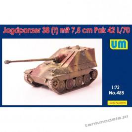 Jagdpanzer 38(t) mit 7.5 cm Pak 42L/70 - Unimodels 485