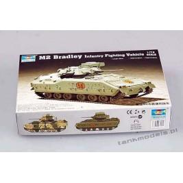 M2 Bradley IFV - Trumpeter 07295