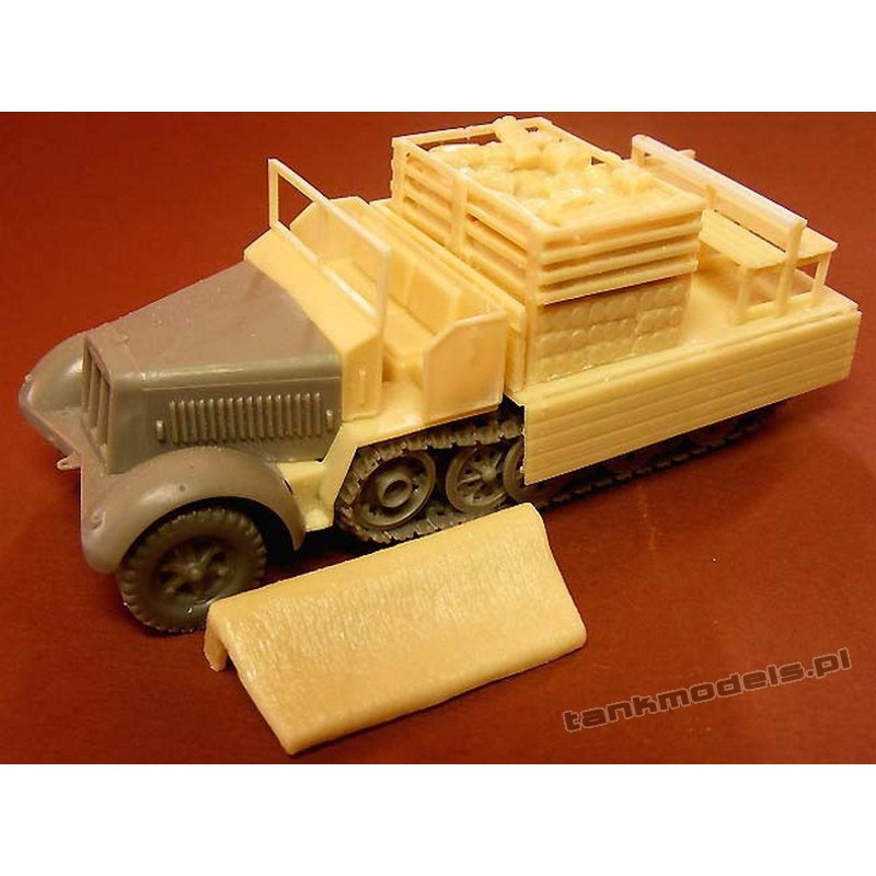 Sd.Kfz. 7 late cargo with ammo boxes (conv. for Revell) - Modell Trans MT72385
