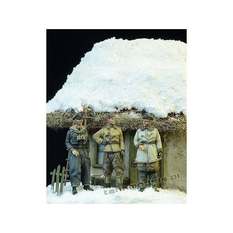 Waffen SS Officers, Winter 1943-1945 - D-Day Miniature 72003